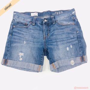 [GAP] Distressed Sexy Boyfriend Denim Shorts